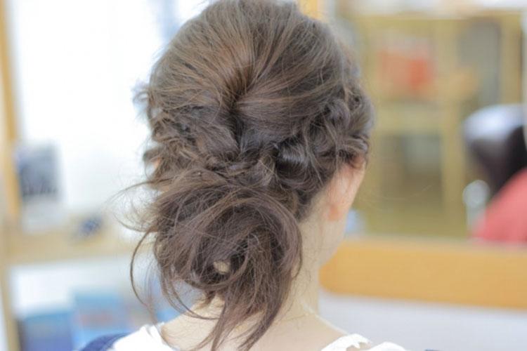 【キャバ嬢必見】ドレスに合うアップスタイルの髪型